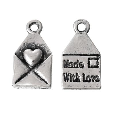 "pendentifs enveloppe  ""made with love"" 13 x 7 / 2,2 mm argent"
