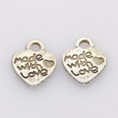 Lot de 10 pendentifs love